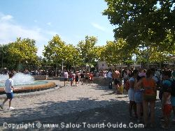 Be Prepared To Queue For The First 2 Or 3 Hours After The PortAventura Aquatic Park Opens